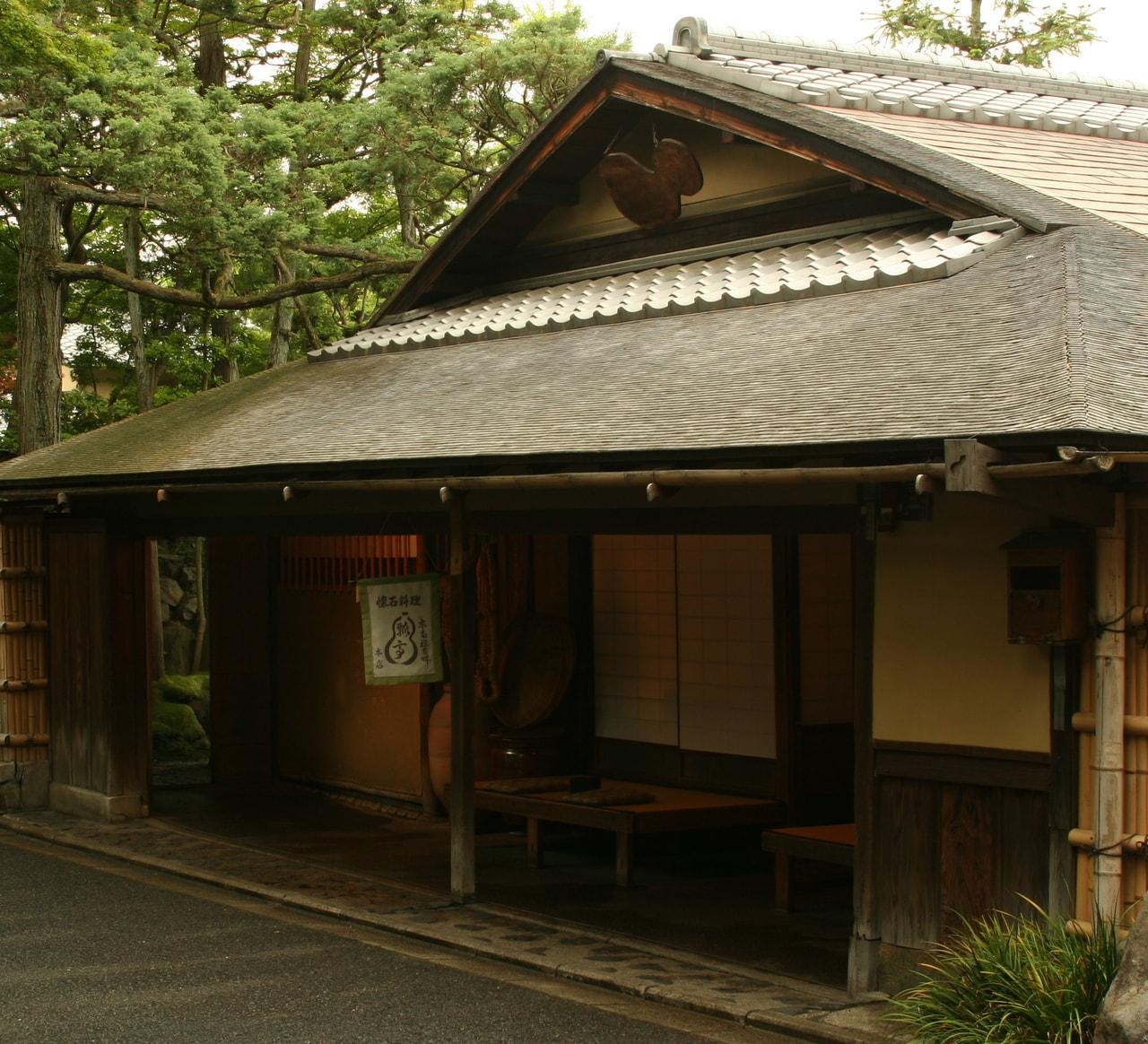 歴史を積み重ねる茶室でのひととき「京都南禅寺畔 瓢亭」