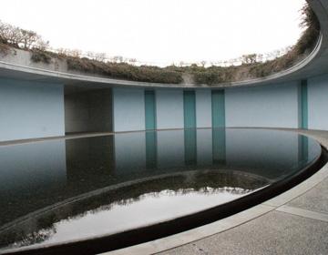 中 美術館 地