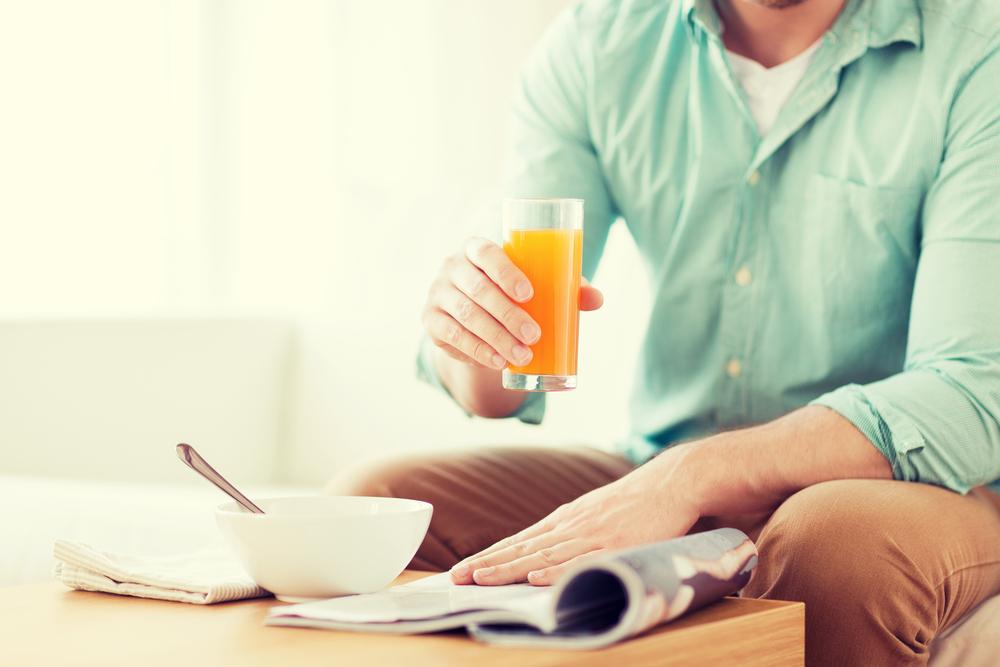 目覚めの一杯に朝ジュースのススメ。寝起きの体をおいしく起こそう