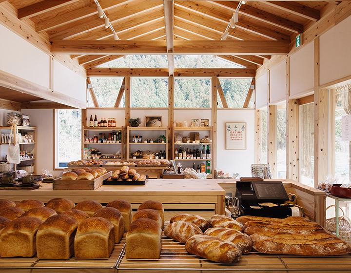 つくる人も食べる人も元気にしたい、徳島で注目の「地産地食     」プロジェクトから誕生「かまパン&ストア」