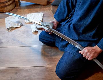刀剣研磨の高度な技術とで芸術性を後世に伝える人間国宝「本阿弥光州さん」