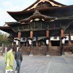 日本最古の仏像を安置する「善光寺」